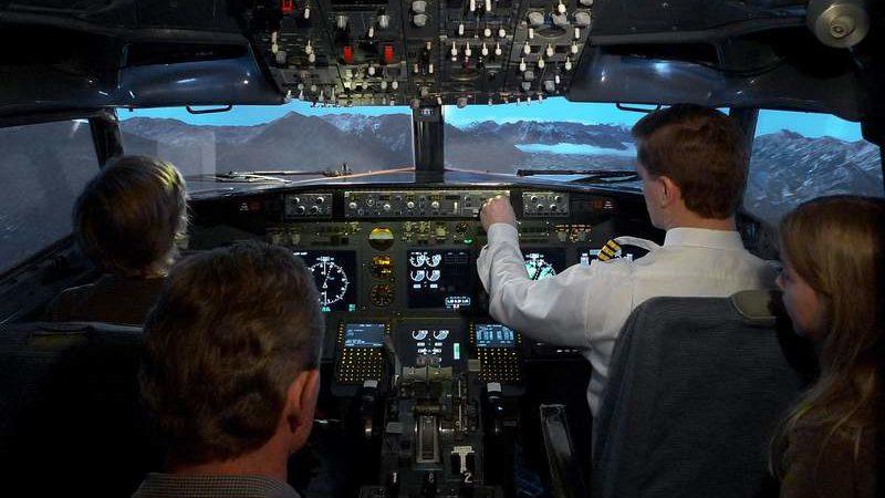 Kindergeburtstag im Flugsimulator feiern