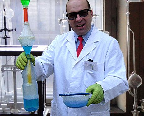 """""""Chemie, Keule!"""" – Chemie-Experimente zum Mitmachen"""